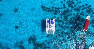 Découvrir la splendeur des côtes grecque à bord d'un voilier ou d'un catamaran