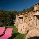 Du Domaine Les Oliviers de Palombaggia**** aux tours Génoises, la Corse s'offre à vous.